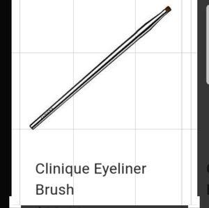 "Clinique ""Eye Liner Brush"":  🍭 NEW"
